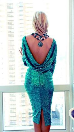 wow this is a cool idea of backless dress with the necklace pendant showing on your back