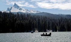 Diamond Lake winter adventures - www.diamondlake.net