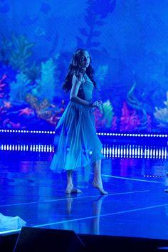 """maddie-zzzs: """" Maddie Ziegler - 'The Wonderful World of Disney: Disneyland Dance Moms Dancers, Dance Mums, Dance Moms Girls, Dance Art, Maddie Ziegler, Mackenzie Ziegler, Elastic Heart, Abby Lee, Maddie And Mackenzie"""