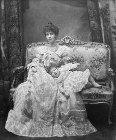 Consuelo Vanderbilt, the Duchess of Marlborough, and her young sons - 1902