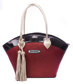 Bolso Carolina Ochoa #Bolso #Diseño #Bags #design #Mujer Hermes Kelly, Bags, Fashion, Totes, Women, Handbags, Moda, La Mode, Hermes Kelly Bag