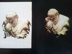 Quadri Papa Wojtila su sfondo bianco e sfondo nero