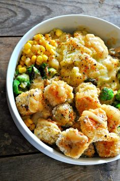 Oct 7, 2018 - These vegan mashed potato bowls are so comforting. Super creamy mashed potatoes, crispy tofu and veggies, corn and the best/easiest vegan gravy!