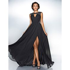 Homecoming Formal Evening/Military Ball Dress - Black Plus Sizes A-line/Princess Jewel Sweep/Brush Train Chiffon/Sequined – USD $ 85.49