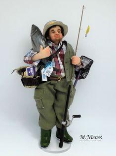 Aficionado pescador, aunque el pescado es del supermercado!!!  .  Escala 1/12