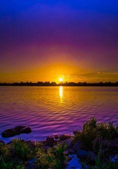 Les plus beaux couchers de soleil au bord de l'eau                                                                                                                                                     Plus
