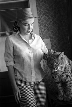 Marilyn and her cat