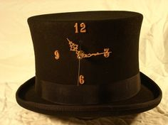Custom built Steampunk top hat with a working clock. By Starrlitwolfling's Imaginarium.