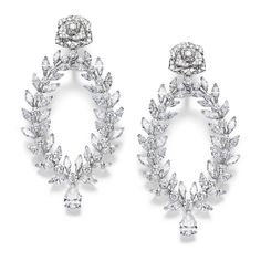 Piaget boucles d'oreilles Rose Passion diamants http://www.vogue.fr/joaillerie/shopping/diaporama/diamants-eternels-boucles-d-oreilles-tapis-rouge-festival-de-cannes/18676/image/999114#!piaget-boucles-d-039-oreilles-rose-passion-diamants