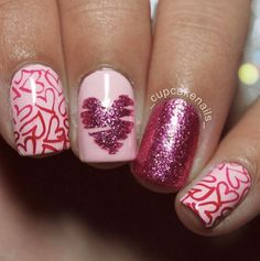 31 Looks: Nails for Valentine's Day > CherryCherryBeauty.com Source: _cupcakenails_ / Instagram