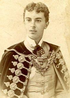 gróf Bánffy Miklós (1873-1950) Heart Of Europe, Floral Tie, Athlete, History, Portrait, How To Wear, Writers, Beauty, Homeland