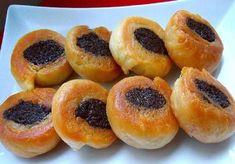 Νηστίσιμα ροξάκια, η πιο νόστιμη συνταγή! Greek Desserts, Doughnut, Sweet Recipes, Deserts, Sweet Home, Food And Drink, Baking, Fruit, Buns