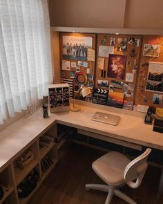 41 Contemporary Home Office Design Ideas « housemoes Bedroom Desk, Room Ideas Bedroom, Cozy Bedroom, Cork Board Ideas For Bedroom, Study Room Decor, Aesthetic Room Decor, Home Office Desks, Dream Rooms, House Design