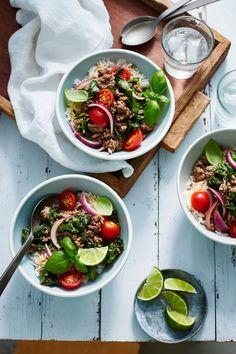 Thai Beef Stir-Fry Thai Beef Stir Fry, Easy Beef Stir Fry, Stir Fry Recipes, Cooking Recipes, Veggie Bowl Recipe, Oriental, Asian Recipes, Ethnic Recipes, Asian Foods