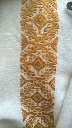 Буковинська сорочка, фрагмент Traditional, Embroidery, Rugs, Design, Decor, Needlepoint, Dressmaking, Caftan Marocain, Canvas
