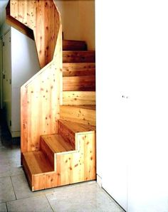 Small Space Staircase, House Staircase, Staircase Design, Attic Stairs, Staircase Ideas, Tiny House Loft, Tiny House Living, Tiny House Plans, Tiny Houses Canada