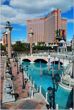 ✯ Vegas Baby!