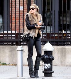 Love the Look: Rosie Huntington-Whiteley's Furry Vest - Celebuzz