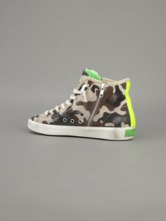 LEATHER CROWN - camouflage print trainer 10