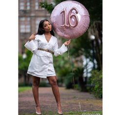 Cute Birthday Pictures, Birthday Ideas For Her, Sweet 16 Birthday, Birthday Photos, 17 Birthday, 16th Birthday Outfit, Birthday Girl T Shirt, Sweet 16 Party Decorations, 16th Birthday Decorations