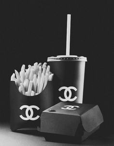 art funny Black and White text fashion food hipster black heart sign cheese chips burger mcdonalds chanel cola ketchup junk food hamburger Fast Food coca cola lockerz coco chanel pries chanel sign pommes frites Photo Trop Belle, Gabrielle Bonheur Chanel, Mademoiselle Coco Chanel, Back To Black, Black And White, Mode Chanel, All Black Everything, Favim, Happy Colors
