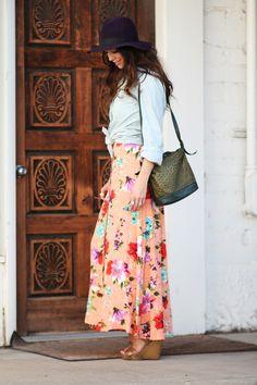 Vintage, floral maxi skirt.. love it!