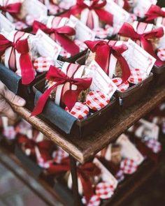 Picnic Wedding Favors | Martha Stewart Weddings