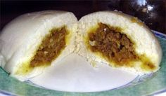 Bapao bun filled with a minced meat stuffing. Delicious Indonesian snack which fills nicely :) All U Can Eat, My Favorite Food, Favorite Recipes, Pork Buns, Indonesian Cuisine, Asian Cooking, Easy Snacks, Food Dishes, Asian Recipes