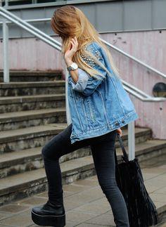 outfit #flatforms #denimjacket