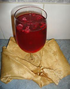 Christmas Drink - Cranberry Apple Joy More