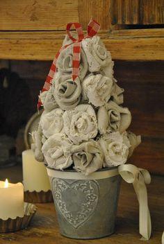Shabby anima: Decorazioni di Natale fai da te in casa mia - Il rosaio