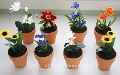 """These Flower Pot Cupcakes are the perfect way to say """"I'm officially done with winter!"""""""