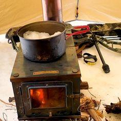 Tent Stove, Camping Stove, Camping Hacks, Camping Gear, Backpacking, Camping Checklist, Survival Tips, Survival Skills, Survival Videos