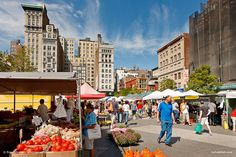 The farmer's market in Union Square #NYC. http://www.buzzfeed.com/newyorkhabitat/21-reasons-why-new-york-is-the-best-during-summer-ruua