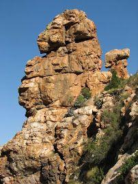 Lion? Loverwalk Montagu Southafrica Aurora, Mount Rushmore, Mountains, Places, Water, Travel, Outdoor, Gripe Water, Outdoors