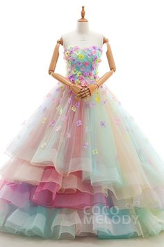 Prom prom diy and crafts - Diy Cute Prom Dresses, Lovely Dresses, Beautiful Gowns, Elegant Dresses, Girls Dresses, Wedding Dresses, Rainbow Wedding Dress, Fairytale Dress, Quince Dresses
