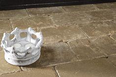 Elke trommelsteen heeft zijn eigen karakter. Het is net alsof ze stuk voor stuk met de hand gemaakt zijn.