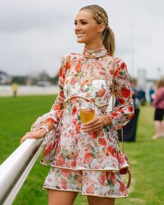 The top 5 influencer style looks from Spring Racing Carnival Horse Racing Dresses, Horse Race Outfit, Races Outfit, Spring Racing Dresses, Race Day Fashion, Fashion 2018, Spring Races Fashion, Women's Fashion, Fashion Trends
