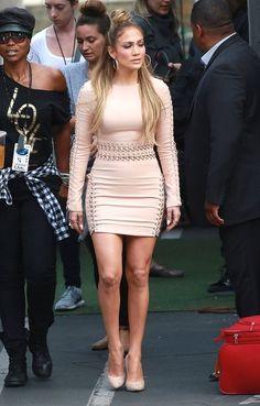 Jennifer Lopez Photos - Jennifer Lopez At American Idol Studios - Zimbio