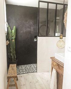 Home Interior Boho .Home Interior Boho House Colors, House Bathroom, Bathroom Interior, Bathroom Model, Bathrooms Remodel, Home Remodeling, Bathroom Decor, Round Mirror Bathroom, Home Decor