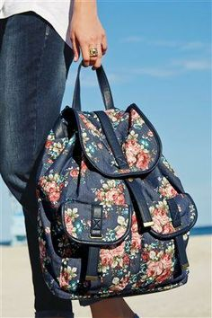 Loving this floral summer rucksack