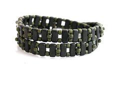 Wrap bracelet - czech tile  http://www.sashe.sk/kacenkag/detail/wrap-zeleny-matny-1