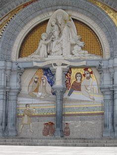 Lourdes- La Basilique Notre-Dame-du-Rosaire