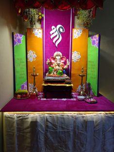 Flower Decoration For Ganpati, Eco Friendly Ganpati Decoration, Ganpati Decoration Design, Gauri Decoration, Mandir Decoration, Ganapati Decoration, Backdrop Decorations, Diwali Decorations, Festival Decorations