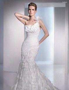 ¡Nuevo vestido publicado!  Glamoroso San Patrick 02 ¡por sólo $15000! ¡Ahorra un 40%!   http://www.weddalia.com/mx/tienda-vender-vestido-de-novia/glamoroso-san-patrick-02/ #VestidosDeNovia vía www.weddalia.com/mx