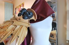 Sylvanas's pauldron made with worbla classic and black :3 #worbla #worblafinestart #worblablackart #worblaclassic #armor #worblaarmor #craft #creations #cool #crafting #handmade #blizzard #worldofwarcraft #wow #heroesofthestorm