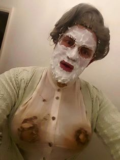 Mrs Doubtfire costume!