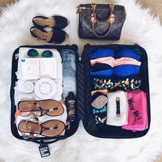 旅行前のパッキング、あなたは好きですか?海外旅行となると、万が一を考えていつもより荷物が多くなり、旅行前にヘトヘトになってしまうなんてことも。旅慣れた人は荷物も少なく、とても身軽です。今回は旅行前に役立つパッキング術とおすすめの旅行アイテムをご紹介します。