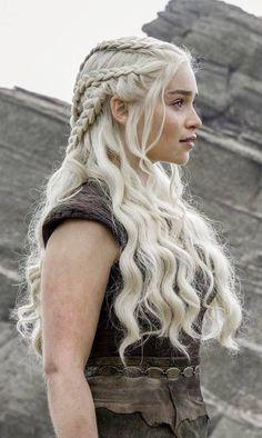 Emilia Clarke ♥ Daenerys Targaryen ♚ Game of Thrones ♚ Braided Hairstyles, Wedding Hairstyles, Cool Hairstyles, Viking Hairstyles, Hairstyle Ideas, Sporty Hairstyles, Emilia Clarke, Grunge Hair, Hair Dos