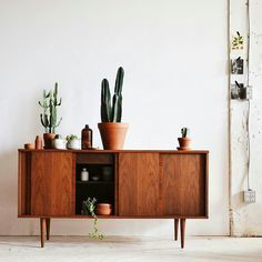 Living furniture, home decor furniture, living room decor, girls apartment, Retro Home Decor, Cheap Home Decor, Home Living Room, Living Room Decor, Living Furniture, Teak Furniture, Furniture Design, Decoration Design, Home Decor Inspiration